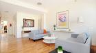 odell_clark_place_condominiums_i_living_room.jpg