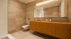 one_york_bathroom.jpg