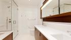 the_aldyn_bathroom1.jpg