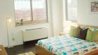 the_hub_bedroom.jpg