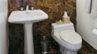the_lucerne_bathroom1.jpg