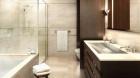 the_lucida_bathroom.jpg