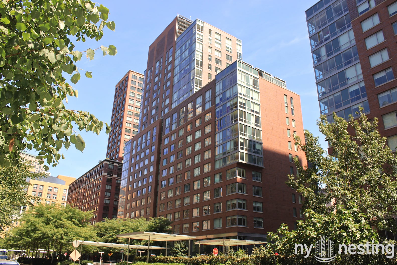 liberty green 300 north end ave nyc manhattan scout