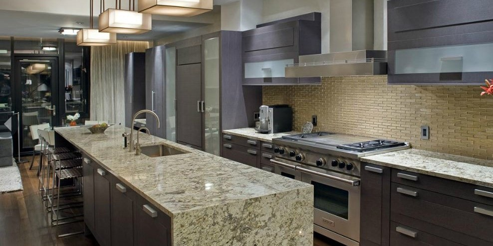 glass backsplash tiles