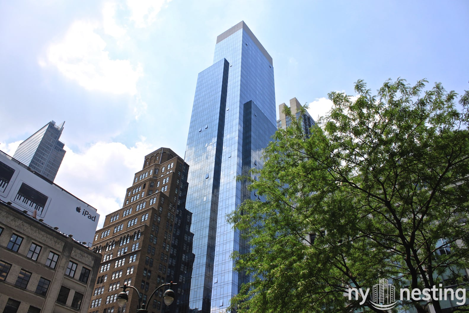 The Continental At 885 6th Avenue In Chelsea