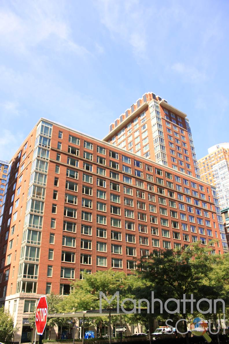 Tribeca Green At 325 North End Avenue In Battery Park City
